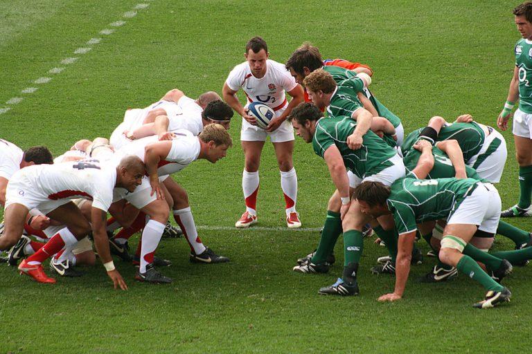 rugby scrum melé