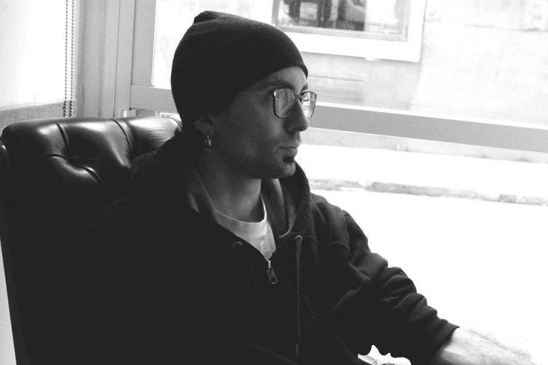 Fotografía del rapero Santiuve en la entrevista con Le Miau Noir