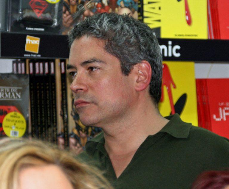 Boris Izaguirre en la feria del libro