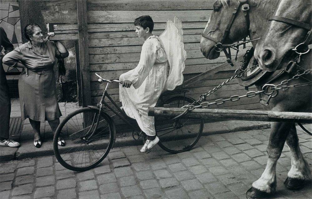 angel bicicleta koudelka