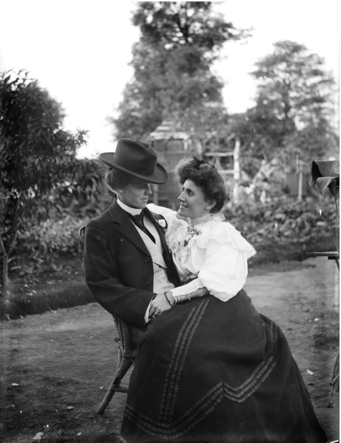 Joven pareja en torno a 1900 | Flickr.com